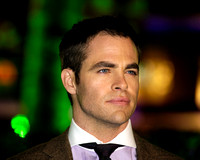 ACTOR CHRIS PINE ATTENDS UK PREMIERE OF RISE OF THE GUARDIANS AT THE EMPIRE LEICESTER SQUARE, LONDON, UK ON 15/11/2012