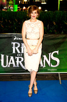 ACTRESS ISLA FISHER ATTENDS UK PREMIERE OF RISE OF THE GUARDIANS AT THE EMPIRE LEICESTER SQUARE, LONDON, UK ON 15/11/2012