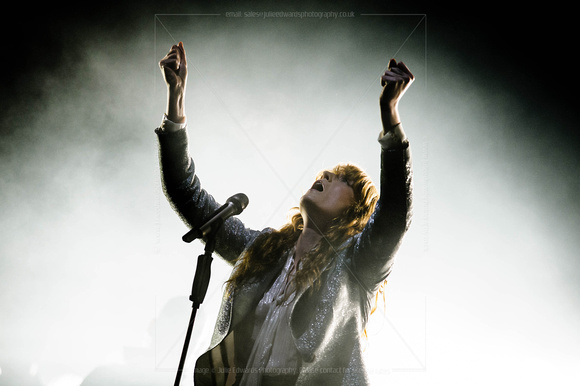 FLORENCE AND THE MACHINE PLAYS WORTHY FARM, GLASTONBURY, UK ON 26/06/2015