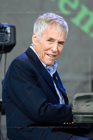 BURT BACHARACH PLAYS WORTHY FARM, GLASTONBURY, UK ON 27/06/2015