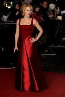 ACTRESS GILLIAN ANDERSON ATTENDS WORLD PREMIERE OF LES MISÉRABLES  AT LEICESTER SQUARE, LONDON, UK ON 05/12/2012