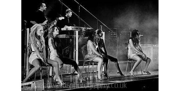 The Saturdays plays Brighton Dome on 25/06/2009