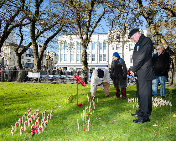 REMEMBRANCE SUNDAY SERVICE  AT BRIGHTON WAR MEMORIAL, OLD STEINE GARDENS, BRIGHTON, UK ON 10/11/2013