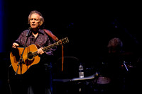 DON MCLEAN PLAYS Brighton Dome, BRIGHTON, UK