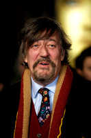STEPHEN FRY ATTENDS WORLD PREMIERE OF LES MISÉRABLES  AT LEICESTER SQUARE, LONDON, UK ON 05/12/2012