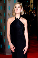 ROSAMUND PIKE ATTENDS EE BRITISH ACADEMY FILM AWARDS ARIVALS AT ROYAL OPERA HOUSE, LONDON, UK ON 08/02/2015