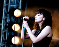 CHVRCHES PLAYS HYLANDS PARK, CHELMSFORD, UK ON 22/08/2015