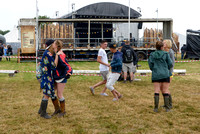 ATMOSPHERE AND ARRIVALS AT GLASTONBURY FESTIVAL AT GLASTONBURY FESTIVAL, WORTHY FARM, GLASTONBURY, UK ON 26/06/2014