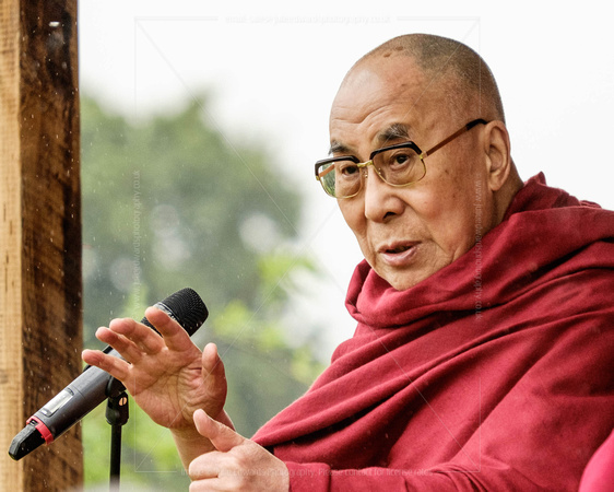 HIS HOLINESS THE 14TH DALAI LAMA PLAYS WORTHY FARM, GLASTONBURY, UK ON 28/06/2015